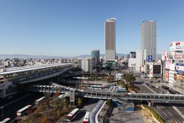 JR岐阜駅前 信長ゆめ広場