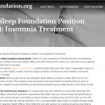 アルコールは睡眠の質を低下させ長期的に健康障害が起きます